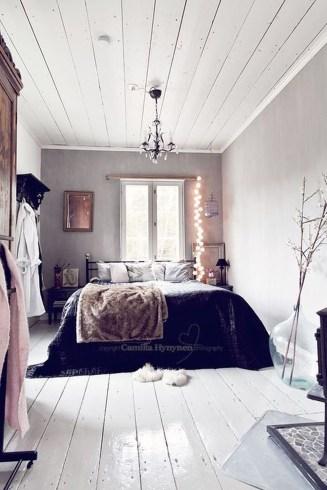 Cozy Rustic Bedroom Interior Designs For This Winter43
