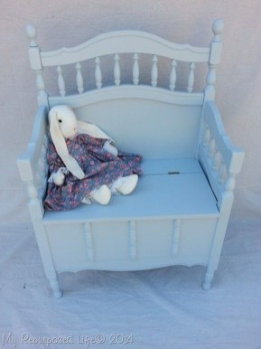 Inspirational Ways How To Repurpose Old Babys Cribs35