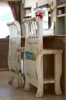 Inspirational Ways How To Repurpose Old Babys Cribs39