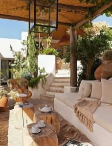 Luxury And Classy Mediterranean Patio Designs20