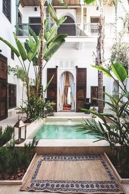 Luxury And Classy Mediterranean Patio Designs36