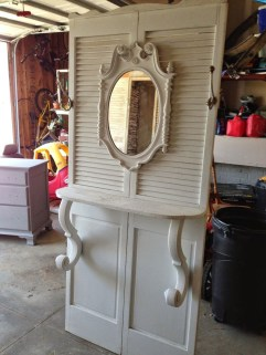 Simple And Creative Ideas Of How To Reuse Old Doors05
