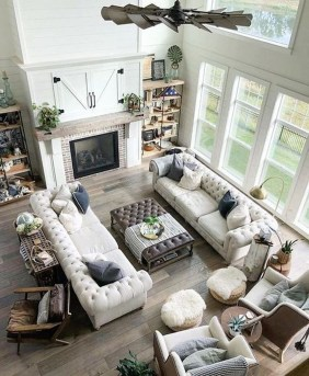 Warm Rustic Family Room Designs For The Winter16
