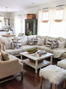 Warm Rustic Family Room Designs For The Winter20