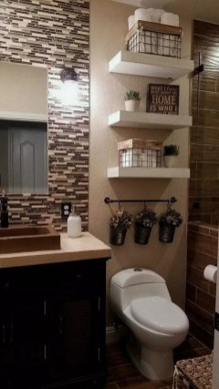 Amazing Small Apartment Bathroom Decoration You Can Try07