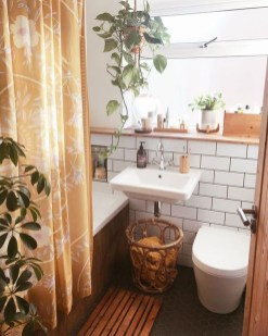 Amazing Small Apartment Bathroom Decoration You Can Try13