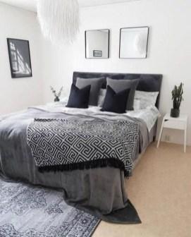 Amazing Small Apartment Bedroom Decoration Ideas07