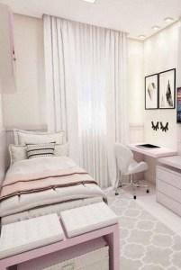 Amazing Small Apartment Bedroom Decoration Ideas13