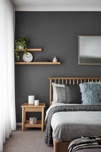 Amazing Small Apartment Bedroom Decoration Ideas28