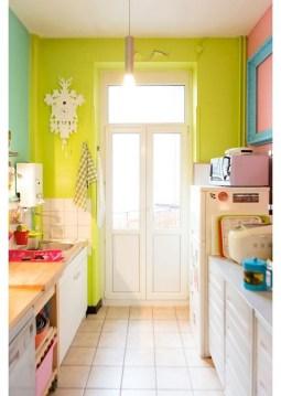 Beautifful And Cozy Colourfull Kithcen Ideas07