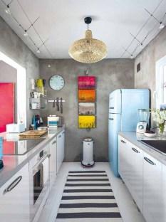 Beautifful And Cozy Colourfull Kithcen Ideas28