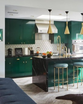 Beautiful And Cozy Green Kitchen Ideas06