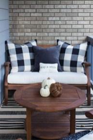 Cozy Porch Decoration Ideas28