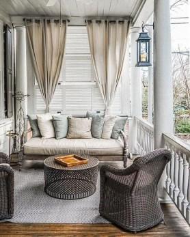 Cozy Porch Decoration Ideas35