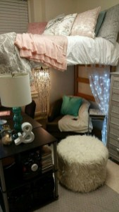 Efficient Dorm Room Organization Ideas41
