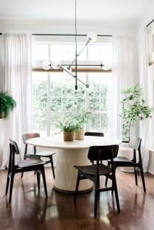 Elegant And Cozy Diningroom Design Ideas31