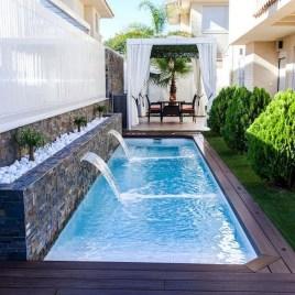 Luxury And Elegant Backyard Pool31