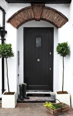 Unique And Elegant Door Decoration Ideas16