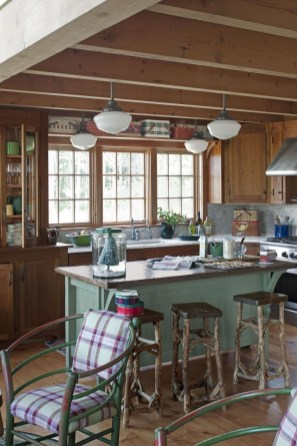 Warm Cozy Rustic Kitchen Designs For Your Cabin27