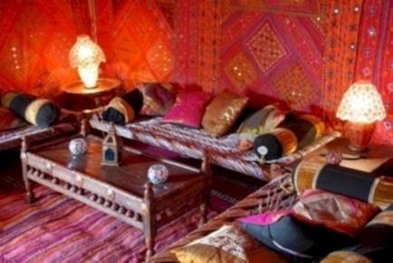Awesome Arabian Living Room Ideas24