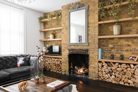 Awesome Brick Expose For Living Room13