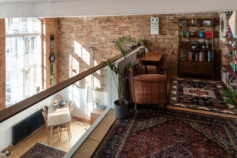 Awesome Brick Expose For Living Room30