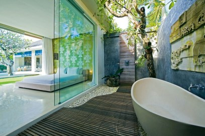 Awesome Outdoor Bathroom Ideas32