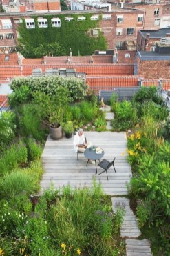 Awesome Rooftop Garden Ideas07