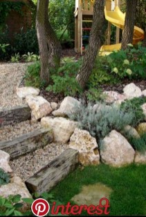 Fresh Ideas Frontyard Garden01