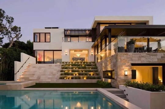 Modern Beach House Ideas07