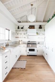 Modern Beach House Ideas14