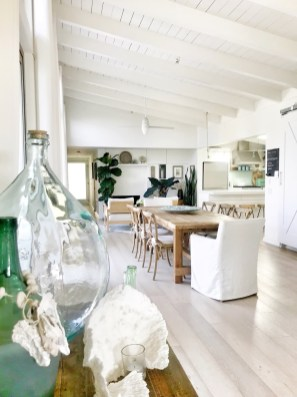 Modern Beach House Ideas32