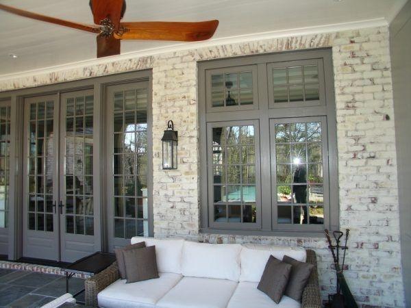 Traditional Porch Decoration Ideas01