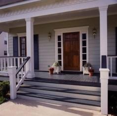 Traditional Porch Decoration Ideas07