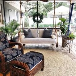 Traditional Porch Decoration Ideas25