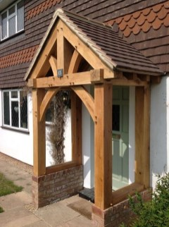 Traditional Porch Decoration Ideas28