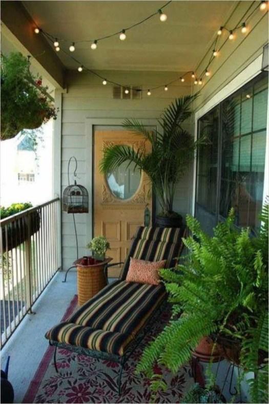 Cozy And Beautiful Green Balcony Ideas46