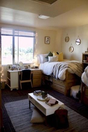 Efficient Dorm Room Organization Ideas07