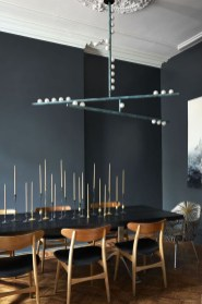 Luxurious Black And Gold Dining Room Ideas For Inspiration30