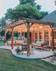 Luxury And Elegant Backyard Design12