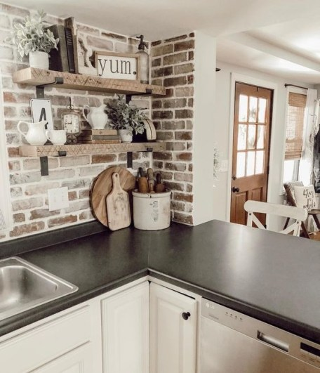 Cozy Rustic Kitchen Designs40