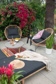 Stylish Outdoor Decorating Ideas06