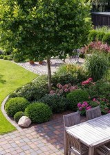 Lovely Backyard Garden Design Ideas05