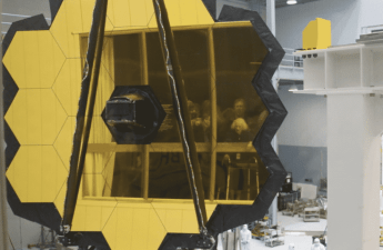 The JWST mirror, 18 segments covered in gold. NASA/GSFC/Jim Jeletic