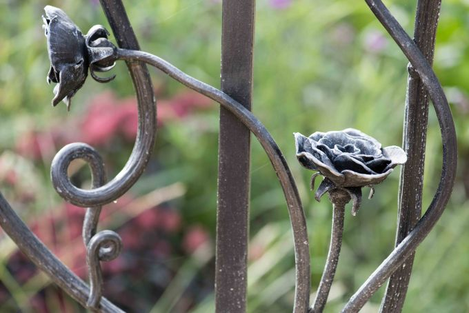 A detail of the hand made railing on the garden steps.