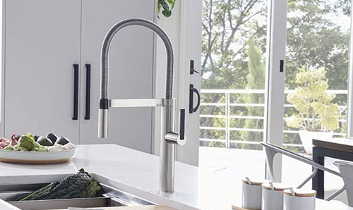 the best commercial kitchen faucets
