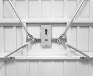 Duplicate Garage Lock key in Dubai