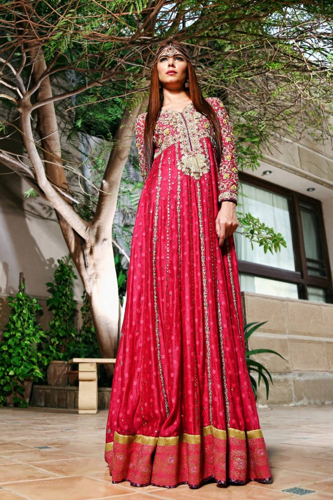 Vibrant and Refreshing Pink Floor Length Pakistani Mehndi Dress Online by Sana Abbas