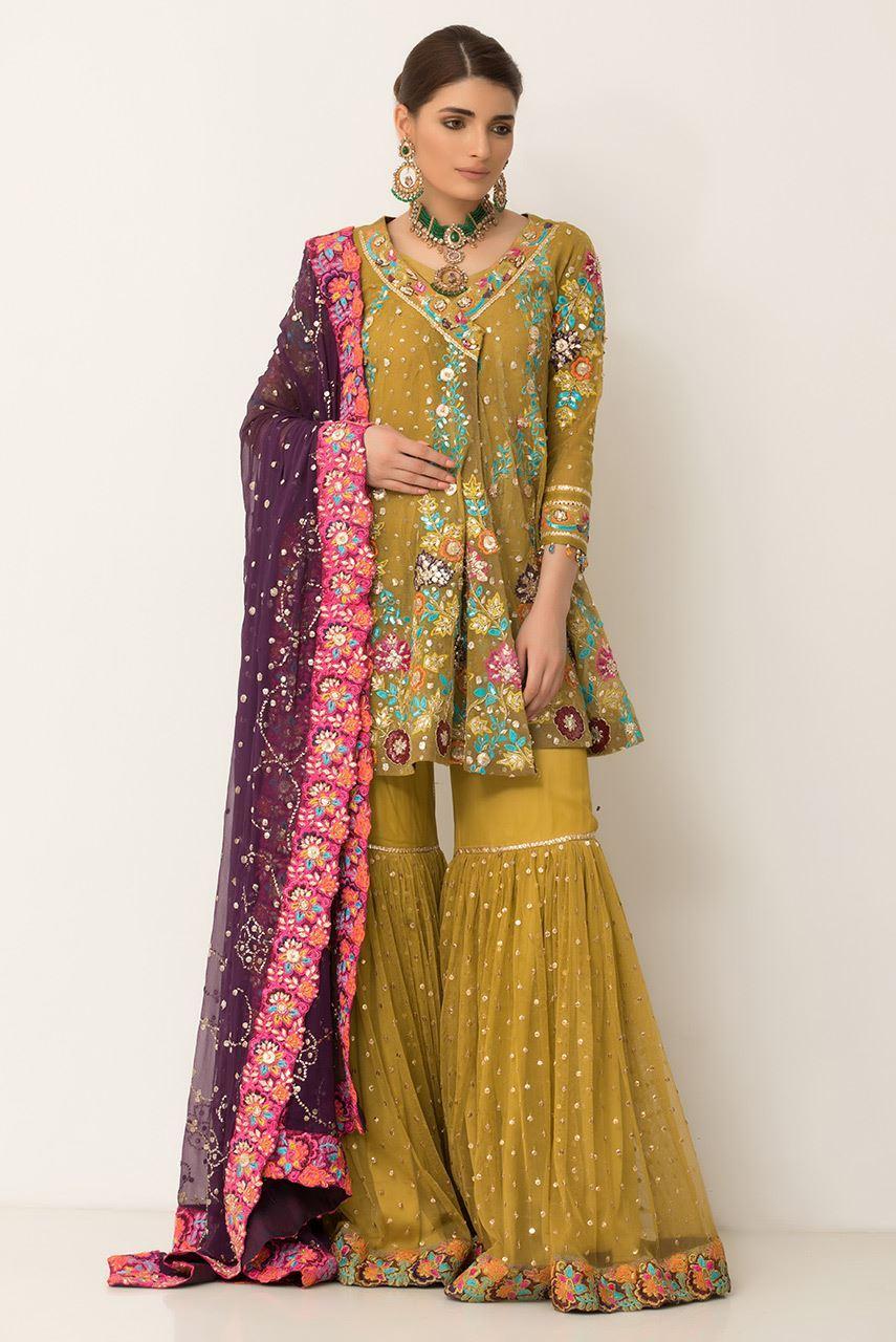 Simple Mehndi Dresses Pakistani
