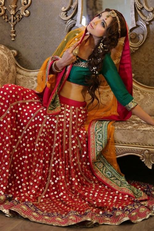 latest mehndi dress designs 2020